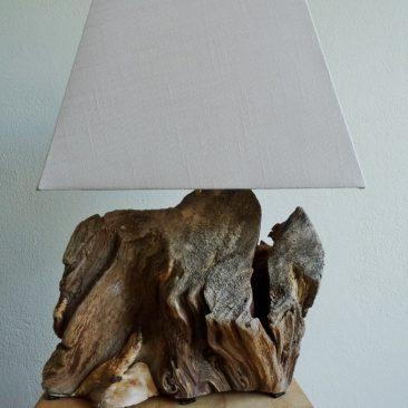 Treibholzlampe 16