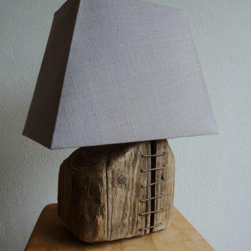 Treibholzlampe 15
