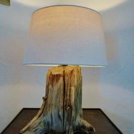 Treibholzlampe 22